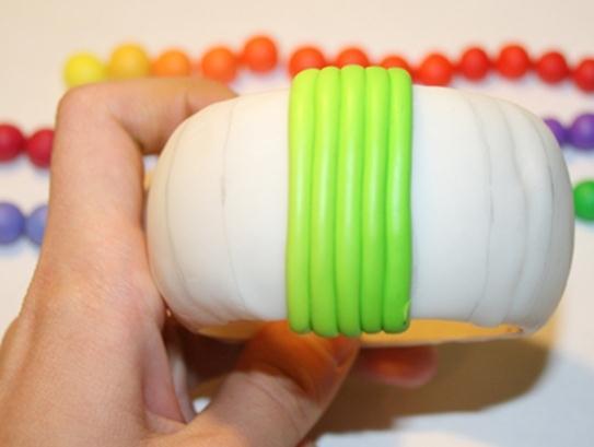 062111 1611 7 Необычный браслет из полимерной глины