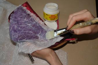 Если обувь кожаная - можно полностью задекупажить ее салфетками или...